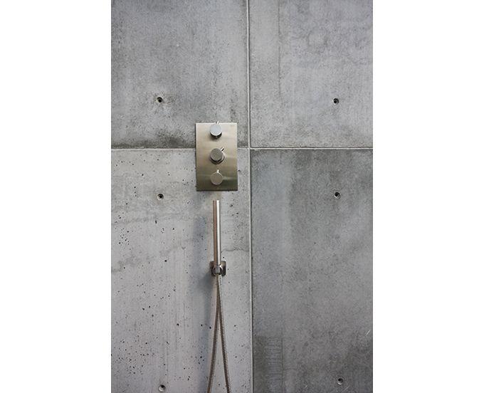 85 best Betonnen badkamer images on Pinterest | Cement walls ...