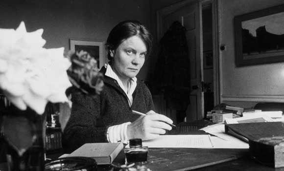 Iris Murdoch a british writer