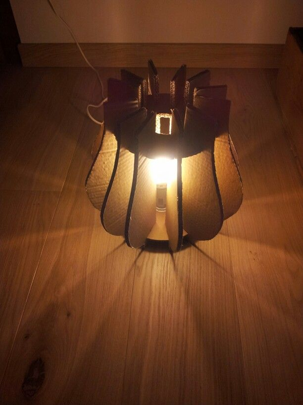 Minelli's cardboard lamp