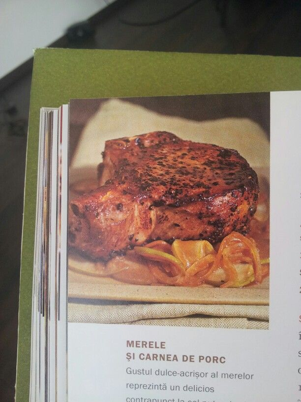 Cotlete de porc cu mere si ceapa - Carte de bucate - pag.264