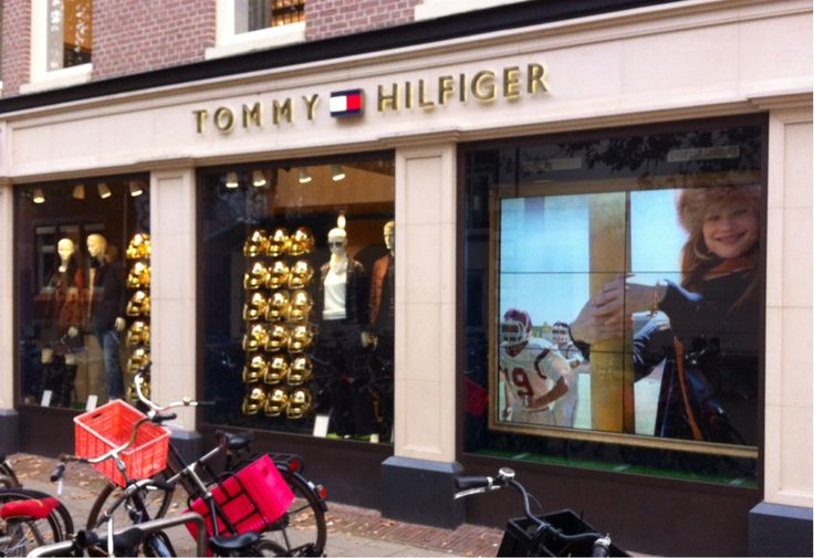 @American-FB theme Tommy Hilfiger in PC Hooftstraat, most exclusive shopping street Amsterdam P.C.Hooftstraat Antonio Fernando-PR
