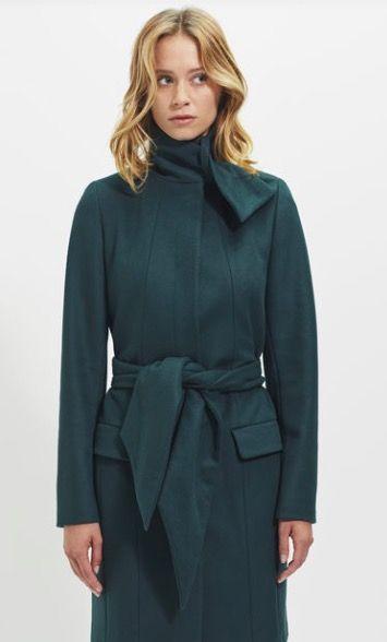 Manteau 3/4 vert sapin IKKS. Mes achats pendant les ventes privées: https://one-mum-show.fr/ventes-privees/