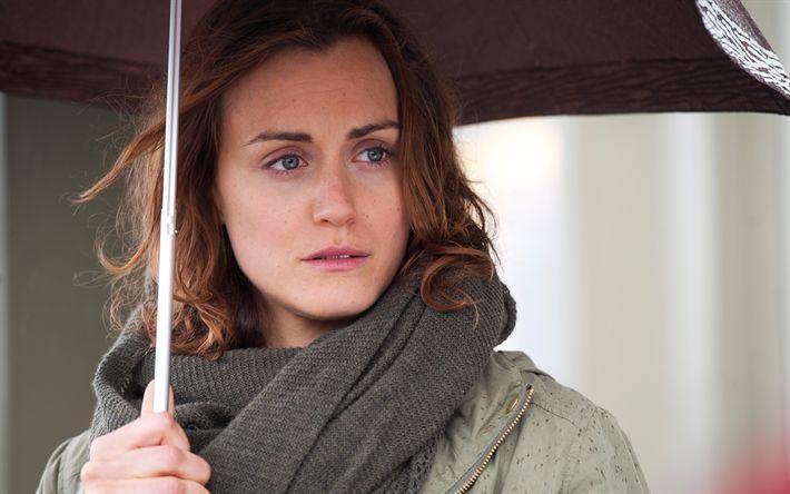 Download imagens Taylor Schilling, A atriz norte-americana, retrato, mulher sob um guarda-chuva