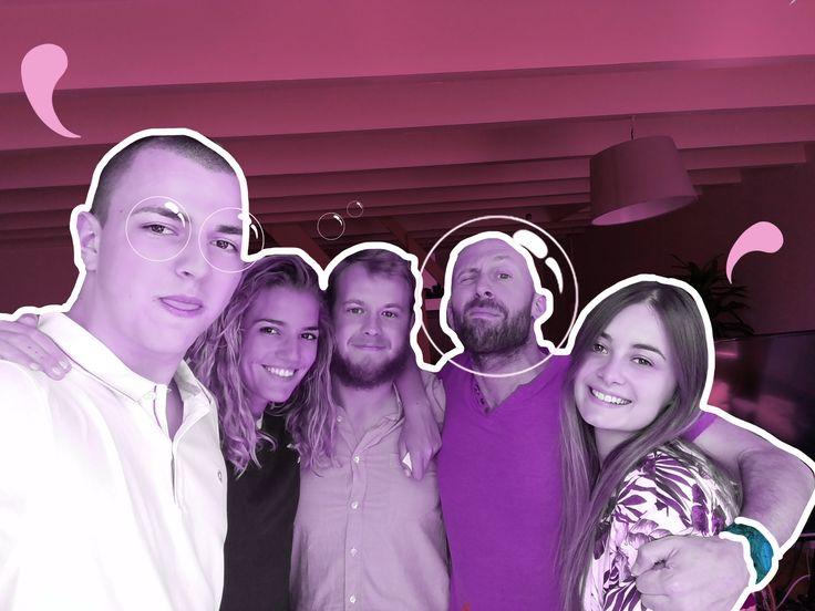 Une partie de la team Webulle en pause a décidé de rendre hommage à la journée mondiale de l'amitié ! 💜 #parcequonsaime #friends #bff #bubble #journéemondialedelamitié #friendship #work