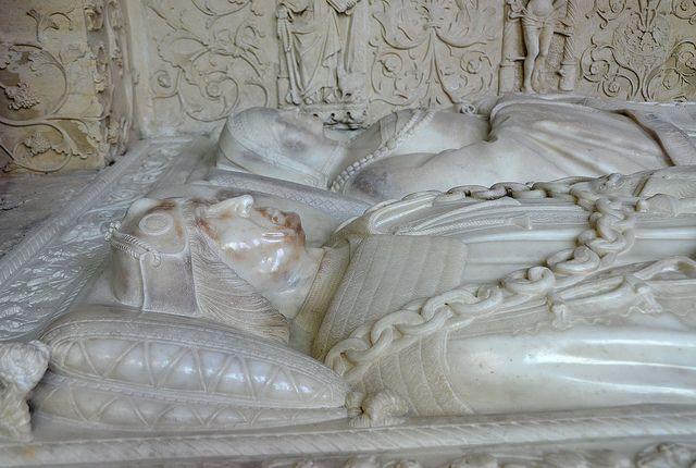 Folleville (Somme) - Eglise Saint-Jacques-le-Majeur-et-Saint-Jean-Baptiste - Enfeu du tombeau de Raoul de Lannoy et de son épouse Jeanne de Poix