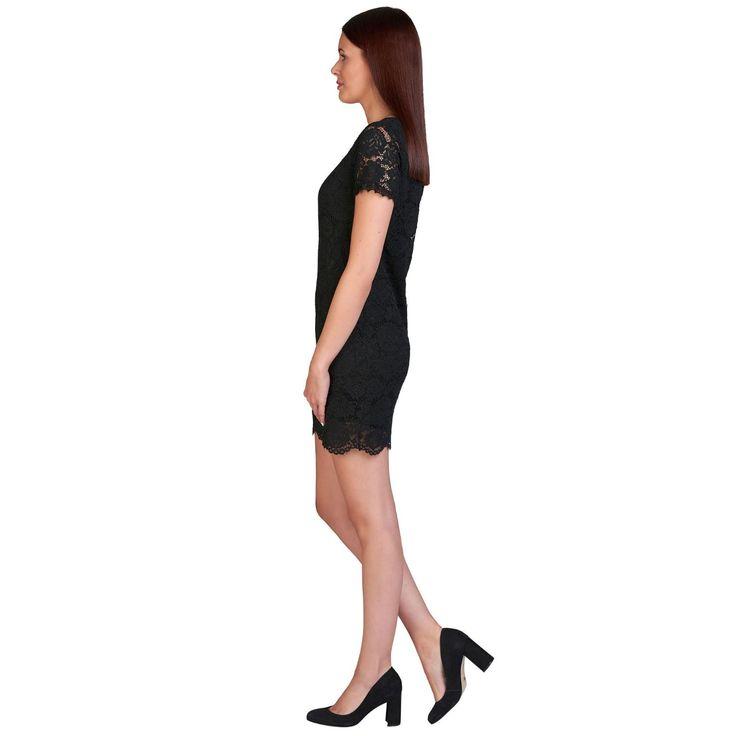 Romantisch und Modebewusst, dafür stehen unsere wundervollen Kleider aus Italien! Dieses Modell von Le Streghe garantiert einen femininen und stilvollen Auftritt zugleich. Das Kleid aus floral gemusterter Spitze hat einen Rundhalsausschnitt, einen verkürzten 1/2-Arm sowie einen Knopfverschluss im Nacken. Das Kleid ist blickdicht gefüttert. Schmale Passform, Länge ca. 90 cm, 80% Viskose, 20% Polyamid, Made in Italy