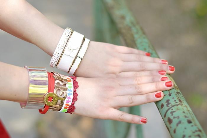 Arm party! #lauracomolli #pursesandi #fashion #fashionblogger #style #outfit #look #red #cruciani #salylimon #cooee #turin #ss2013 #spring #ibirikini #happy #girl #cute #beauty #beautiful www.pursesandi.net
