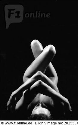 Nude white girl yoga — img 11