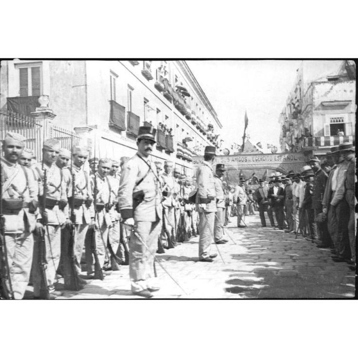 EL BATALLÓN DE INFANTERÍA BAILÉN EN LA HABANA:01/1896 Descarga y compra fotografías históricas en | abcfoto.abc.es