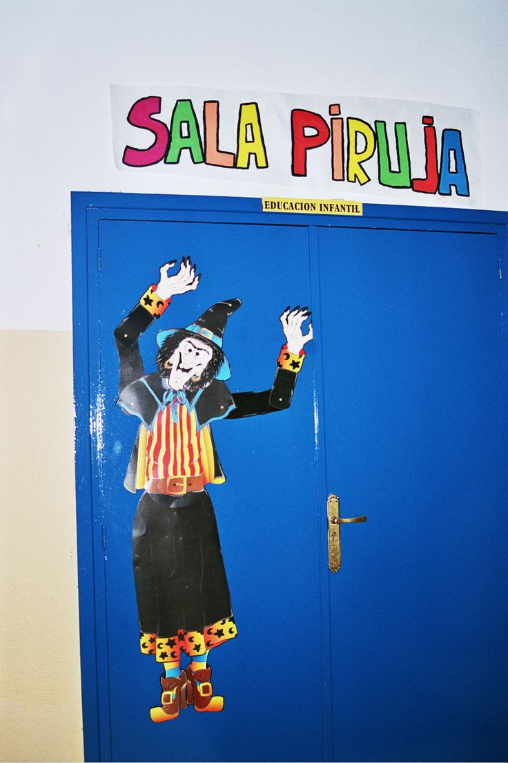 """Proyecto """"Brujas de la suerte"""" Bienvenidos a la sala Piruja!!!! Proyecto """"Somos brujas y brujos de la suerte"""" Curso 2003-2004 CEIP Fray Pablo de Colindres."""