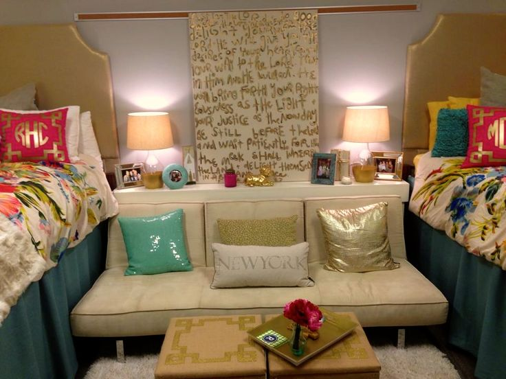 Pink and Gold Dorm Room
