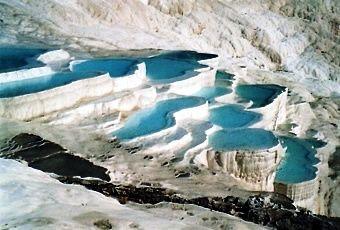Naturphänomen Pamukkale in der Türkei.