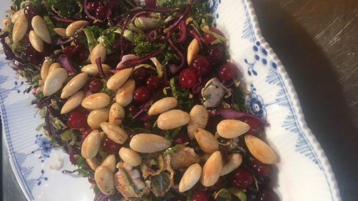 Kålsalat Amok er en lækker opskrift af Louisa Lorang fra Go' morgen Danmark, se flere salat på mad.tv2.dk