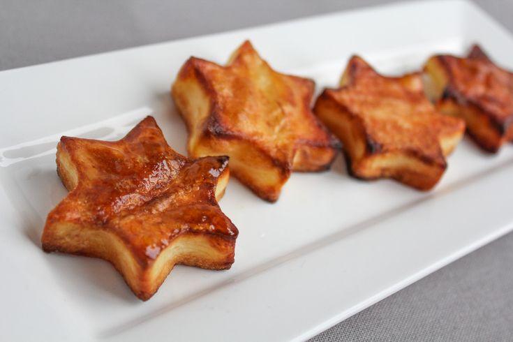 Deze aardappel kerst sterren zijn een superleuk, supersimpel en superlekker feestelijk bijgerechtje. Lees snel verder hoe je ze maakt.