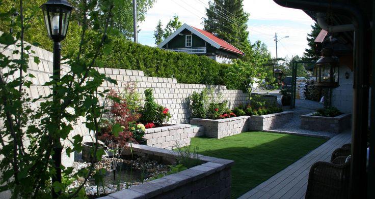 Utrolig fin kombinasjon av Mini støttemur og Rådhus mur.