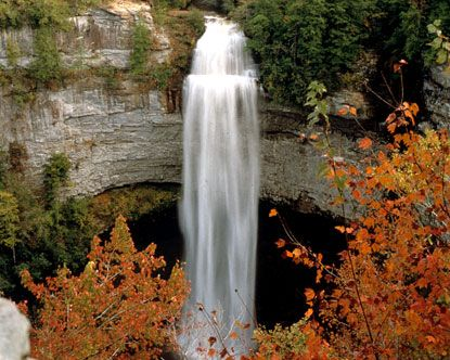 Fall Creek Falls State Park is one of the most spectacular state parks in the state of Tennessee, and in the entire country as well. Nature enthusiasts flock to the 20,000-acre expanse that makes up Fall Creek Falls Tennessee. Located at the eastern top of the Cumberland Plateau, this state park is often called one of the best areas for outdoor recreation in the country.