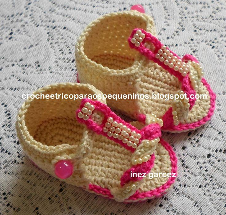 SandáLia De Crochê Para Bebe com passo a passo... link .....   http://crocheetricoparaospequeninos.blogspot.com.br/2013/06/sandalia-de-croche-para-bebe_13.html