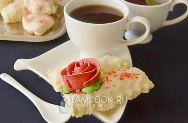 Печенье в белой глазури