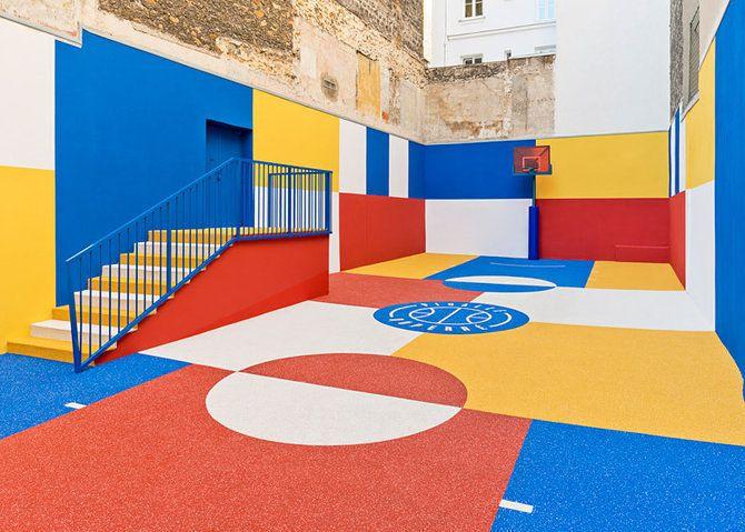 De kunst van Malevich op een basketbalveld in Parijs - Roomed | roomed.nl