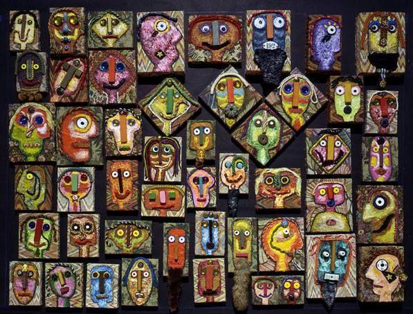 Enrico Baj I Guermantes, 1999, acrilici e collage su tela, , 48 piccoli ritratti dei duchi di Guermantes, dei loro ospiti e amici e di Marcel Proust