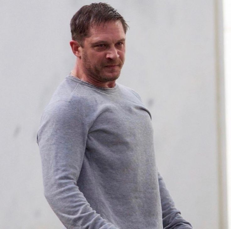 Tom Hardy on set filming a scene for his movie Venom! 12-19-17. Shared by @justjared