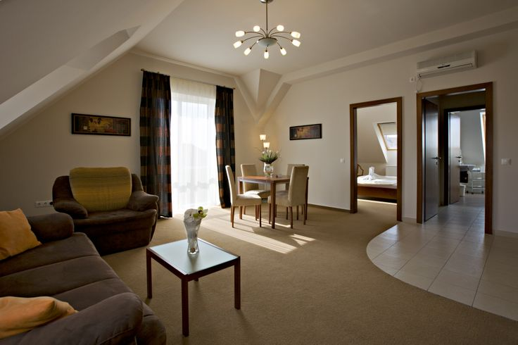 suite @Hotel_Lajta_Park Adress: 9200 Mosonmagyaróvár Vízpart utca 6 www.hotellajtapark.hu info@hotellajtapark.hu