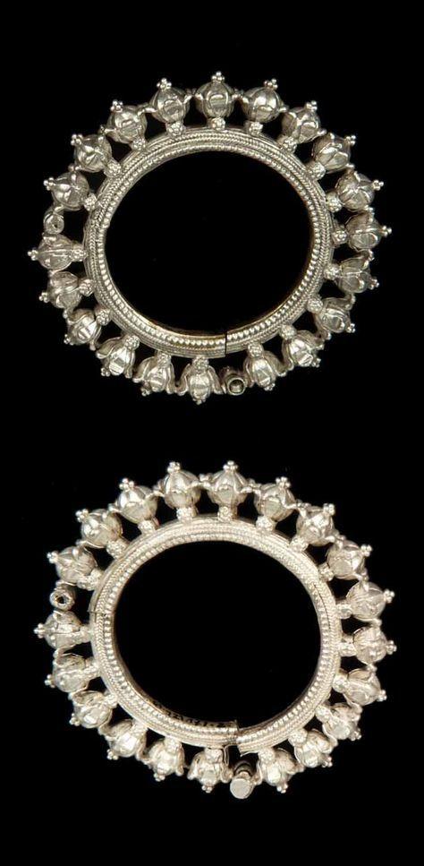 India - Rajasthan, Udaipur | Pair of bracelets; silver.   // ©Quai Branly Museum. 71.1961.121.171.1-2