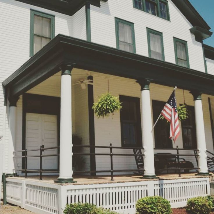 Good evening friends!  A little sneak peak into the history of The Post at Fort Oglethorpe GA.  This is the Battleview Bed and Breakfast a gorgeous historic property in the center of Officer's Row.  It was originally the Band Barracks and has been lovingly and beautifully restored with the charm of yesteryear.  Stay tuned and have a lovely evening!  #fortoglethorpega #thepost #waac #bandstand #bandbarracks #bedandbreakfast #paradegrounds #s6thcavalry #wwi #wwii #alvinyork…