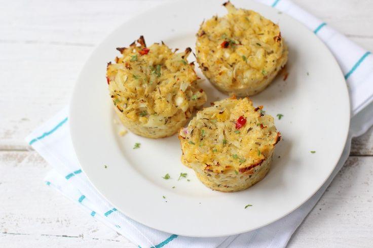 Op zoek naar een lekker recept met bloemkool? Maak dan eens deze bloemkooltaartjes uit de oven. Super lekker en heel simpel te bereiden!