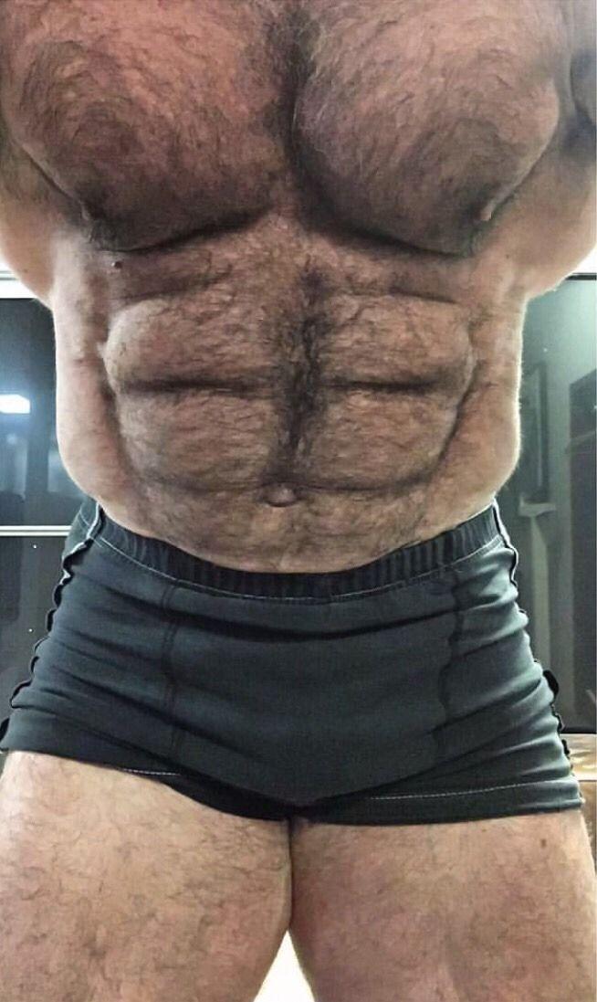 2019 年の「Thom Austin IWTM Archive | Bear」 | Muscular men ...