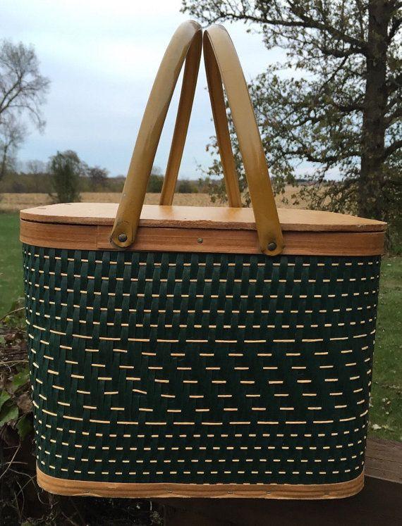 Vintage picnic basket vintage green and brown by 1350Northvintage