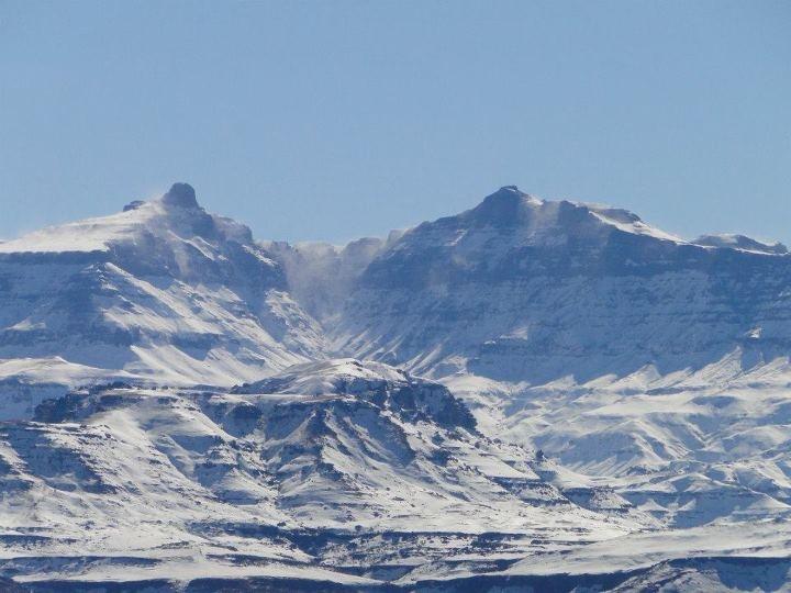 Hodgsons Peaks.