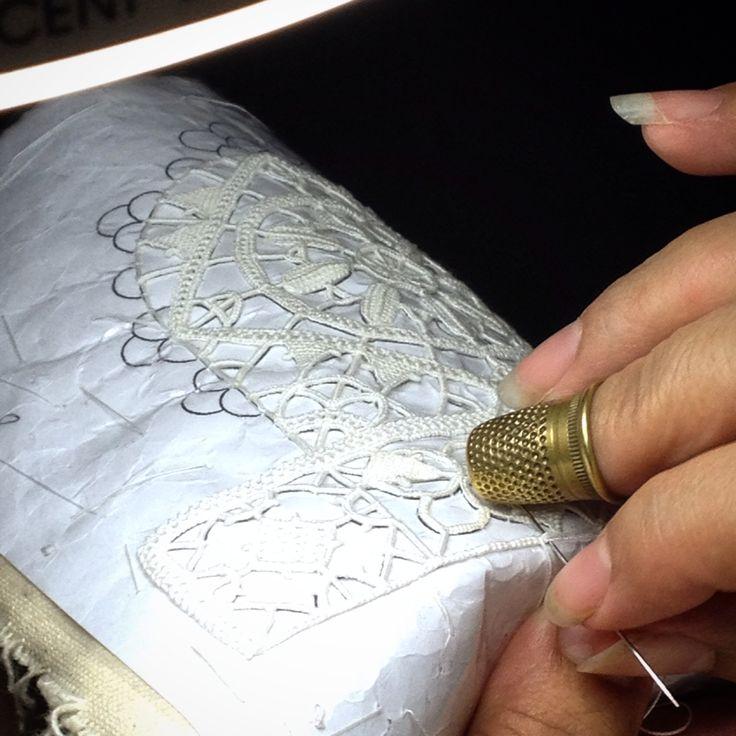 Sono già iniziati i #corsi del #merletto #PuntoMaglie! Per info scriveteci: puntomaglie@virgilio.it oppure su facebook. #reticella #reticello #needlelace #pointlace #lacemaking #fattoamano #handmade #madeinItaly