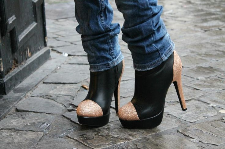 From Brussels, with love ♥: OOTD: Sacha ankle boots and Michael Kors bag