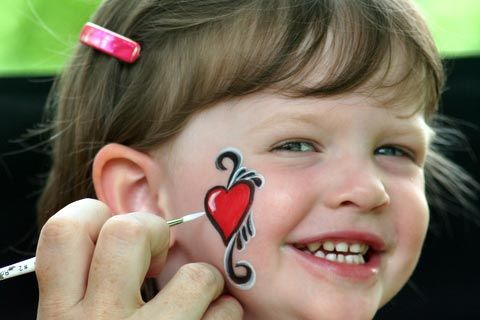 ... roberta_ma/roberta_ma1.jpg Heart Cheeks, Faces Paintings Simple, Heart