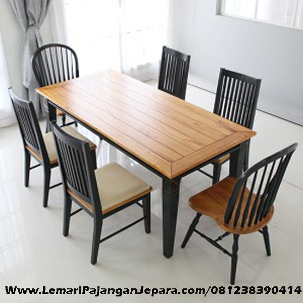 Harga Meja Makan Kursi Cafe dengan Perpaduan warna yang cantik untuk tempat makan bersama keluarga anda dengan nyaman, model lain kursi cafe balon