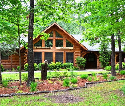 19 best amazing branson log cabins images on pinterest for Branson condos and cabins for rent