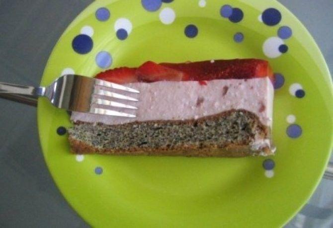 Diétás joghurttorta eperrel és mákos piskótával recept képpel. Hozzávalók és az elkészítés részletes leírása. A diétás joghurttorta eperrel és mákos piskótával elkészítési ideje: 65 perc