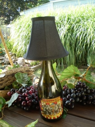 wine bottle lamps bottle lamps and wine bottles on pinterest. Black Bedroom Furniture Sets. Home Design Ideas