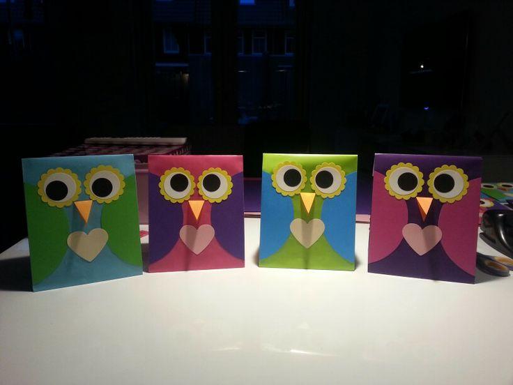 """""""Owl miss you!"""" Deze uitdeelzakjes voor mijn dochtertje geknutseld voor haar afscheid van de peuterspeelzaal."""