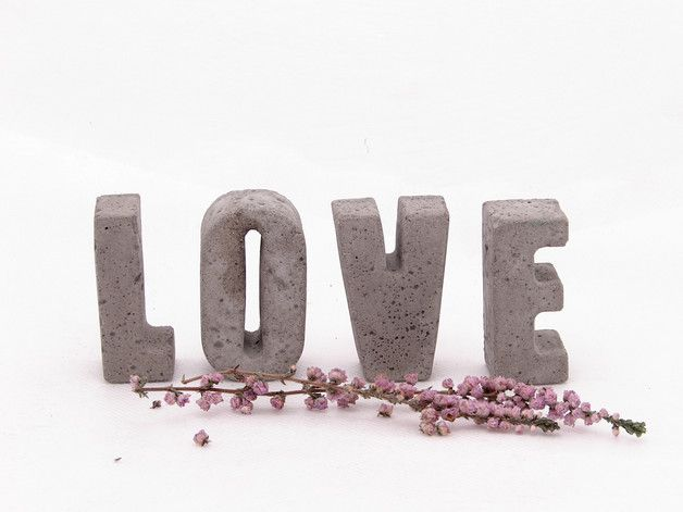 """Napis """"LOVE"""" - Ale-Beton - Litery i napisy"""