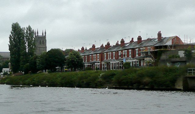Victorian terrace River Severn