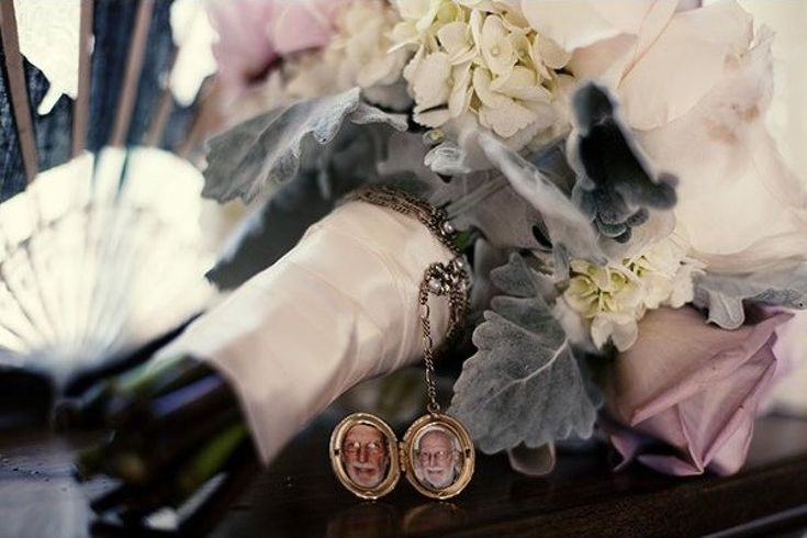 100 Sentimental Wedding Ideas You'll Want to Steal|For a more hidden tribute to your deceased relative, add a locket to your bouquet. Only you need to know what's inside.