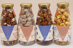 garrafinhas com pipocas doces são super fofas além de deliciosas. Veja mais dicas aqui: http://weshareideas.com.br/blog/10-ideias-para-pipocar-sua-festa/