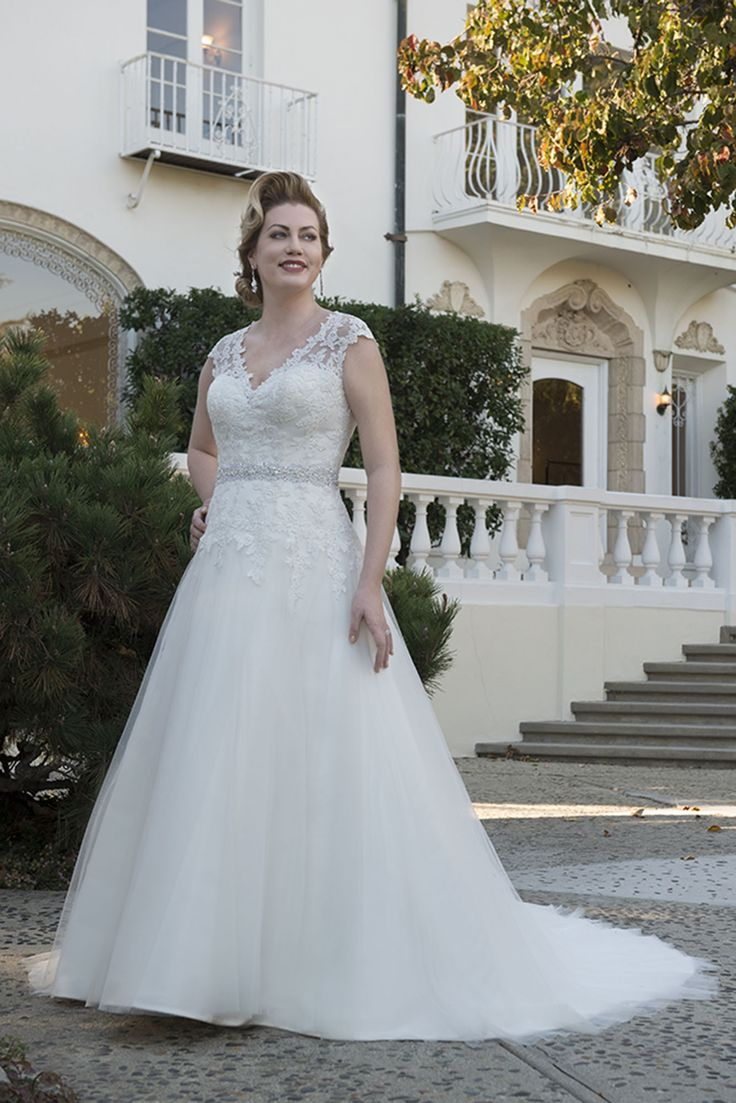 The 294 best wedding gowns images on Pinterest