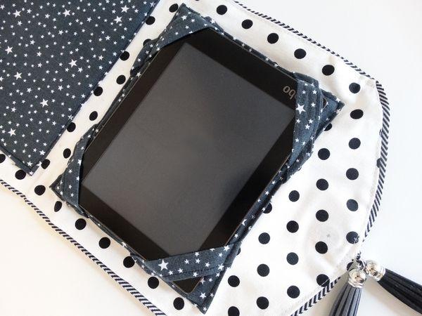 Etui à liseuse/tablette réalisé en tissus mademoiselle Toga
