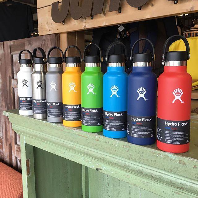 hydro flask 保温力飲み心地持ちやすさとハイスペックなボトルです 暑い夏の水分補給に おすすめ hydroflask 水筒 ボトル cold hot long happier 水分補給 カラフル colorful cute リフレ hydroflask water bottle bottle