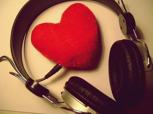 listen to ur heartbeat