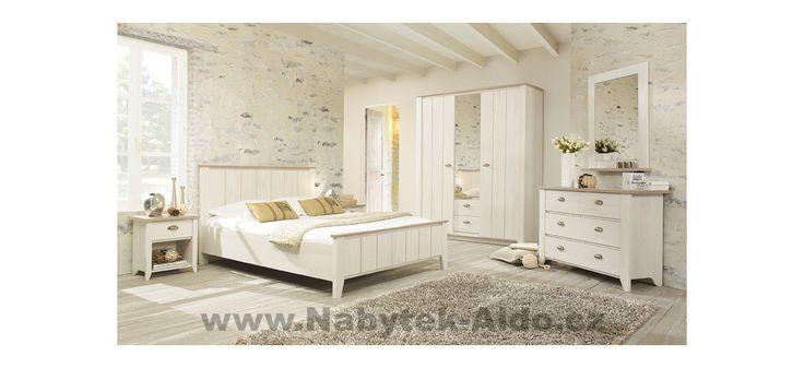 Elegantní rustikální ložnice v bílé barvě