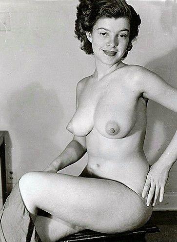 Slut erotic smoking women pics toda vagabunda